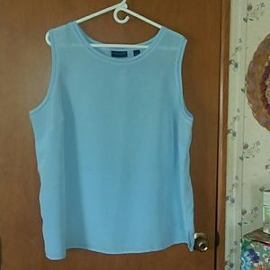 Sleeveless 2x shirt in light blue